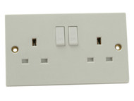 SMJ SMJW2GSSC - Switched Socket 2 Gang 13A Clam Pack