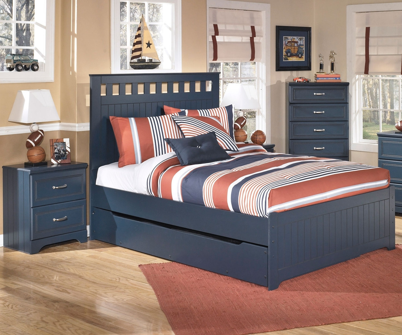 Leo B103 Full Size Panel Bed with Trundle