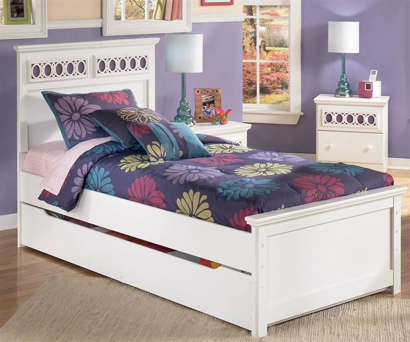 Ashley Furniture Zayley panel bed with trundle for girls