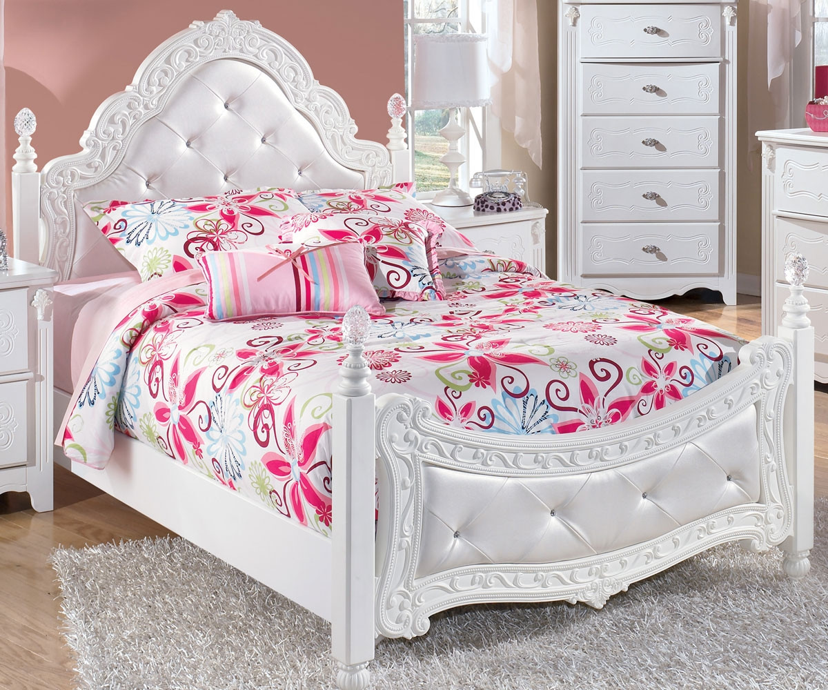 Ashley Furniture Exquisite Full Size Poster Bed B188 72