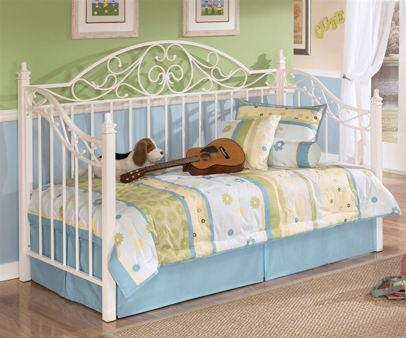 Ashley Furniture Tampa Fl: Ashley Furniture Exquisite Twin Sofa Day Bed