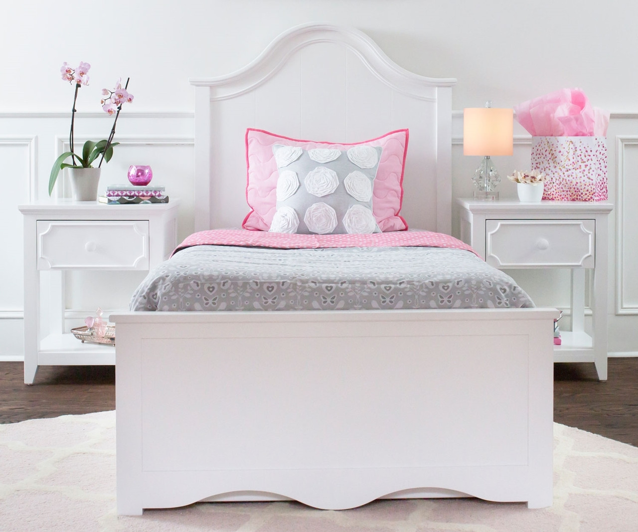 Craft furniture charleston twin size panel bed in white for Bedroom furniture sets tampa fl