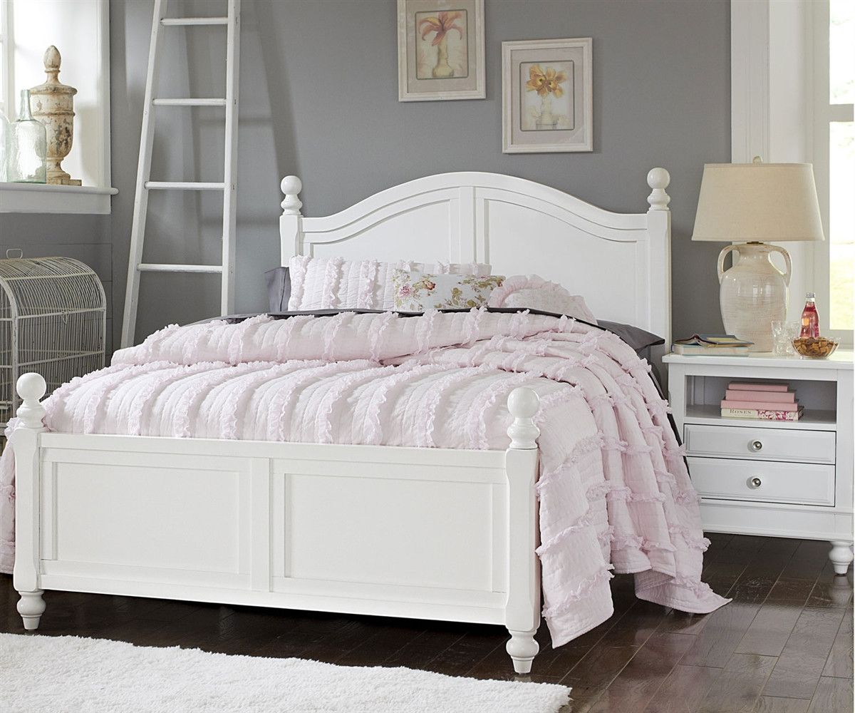 1015 Payton Full Bed White Finish Lakehouse Collection