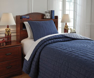 Levitz Bedding Set