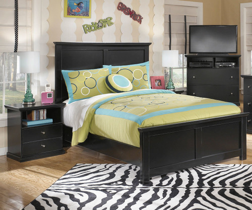 Maribel Full Size Panel Bed B138