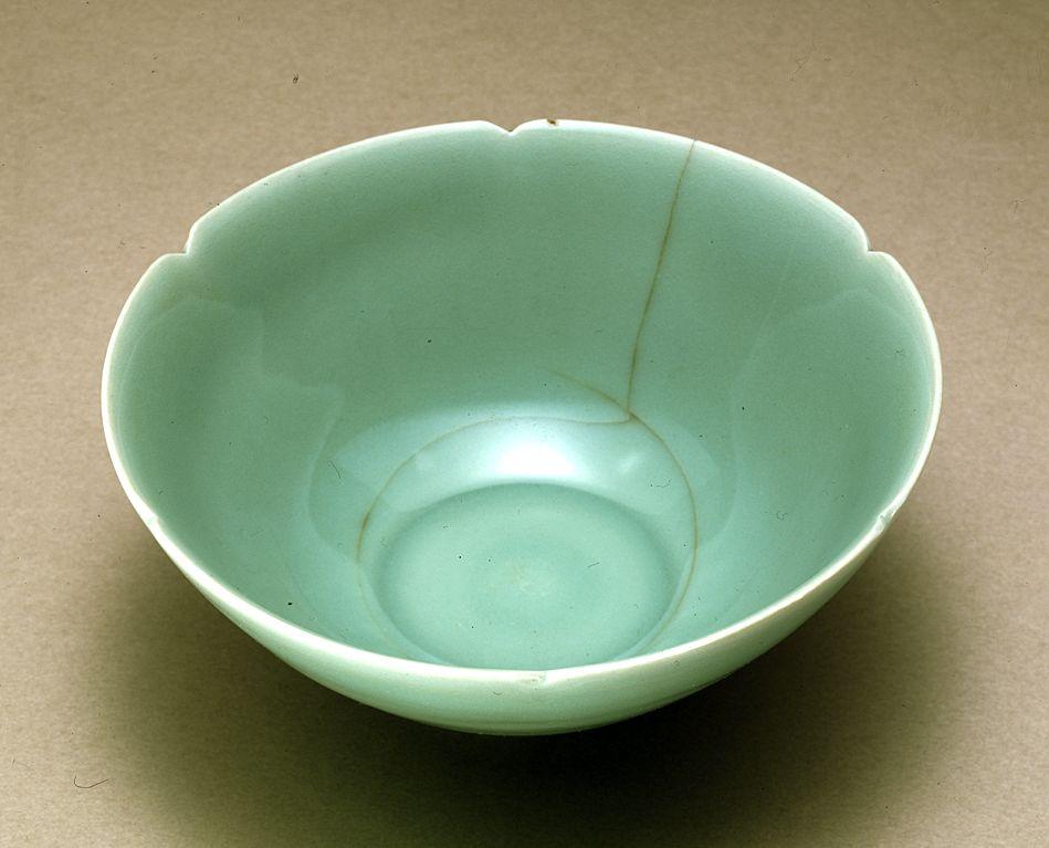Japan S National Treasure Chinese Longquan Celadon Tea
