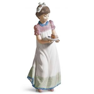 Lladro Porcelain Happy Birthday Girl Figurine 01005429