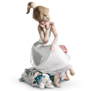 Lladro Porcelain Chit-Chat Girl Figurine 01005466