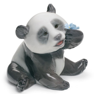 Lladro Porcelain A Happy Panda Figurine 01008357
