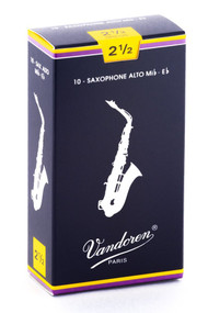 Vandoren Traditional Alto Saxophone Reeds, Strength 2.5, Box of 10