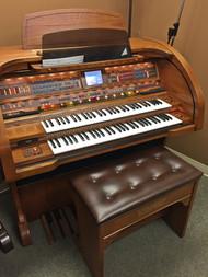 Lowrey Sensation SU430 Organ with Deluxe Bench - Oak - Sold!