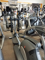 Life Fitness Integrity Series Commercial elliptical cross Trainer