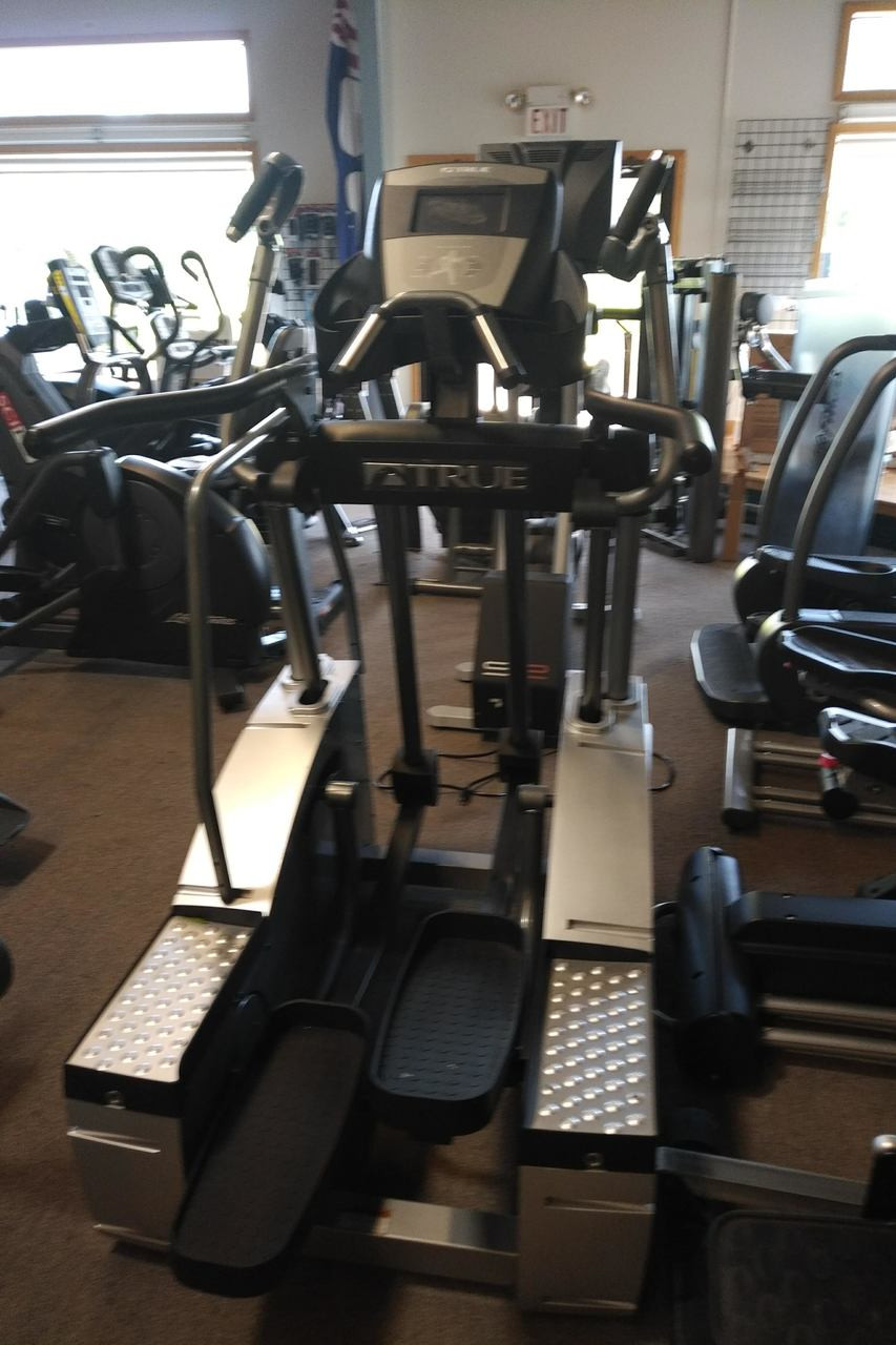 True Fitness ESXt Elliptical Cross Trainer