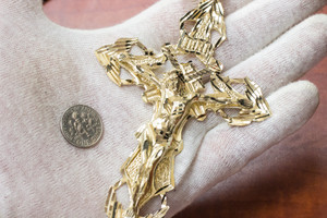Men's Solid Gold Extra Large Cross Pendant