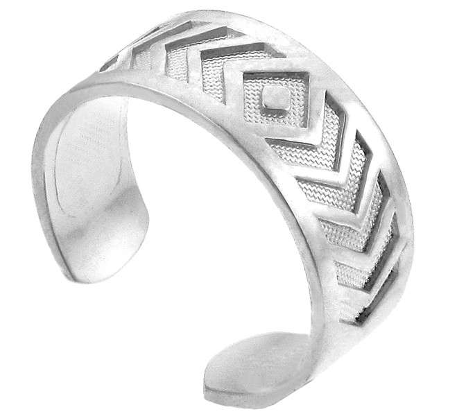 White Gold Chevron Toe Ring