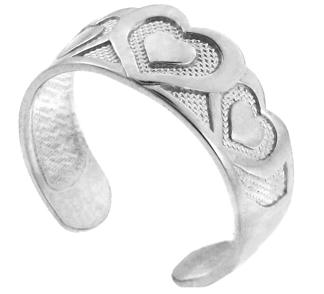 Bold Silver Heart Toe Ring