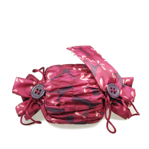Small 'Crackle' fabric wrap in Raspberry.   Used here to wrap a multi-wick candle.