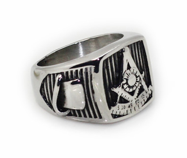 Masonic Past Master Emblem with Top Hat and Gavels on sides - Freemason Ring / Mason's Ring - Stainless Steel Jewelry for Freemasons