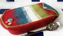 Felted Casserole Cozy
