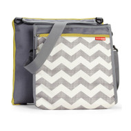 Skip Hop Central Park Chevron Blanket & Cooler Bag