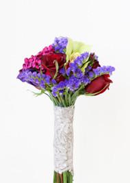 Rose & Dianthus Throw Bouquet