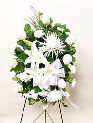 Vibrant Whites Easel made with fresh flowers and local grown liles