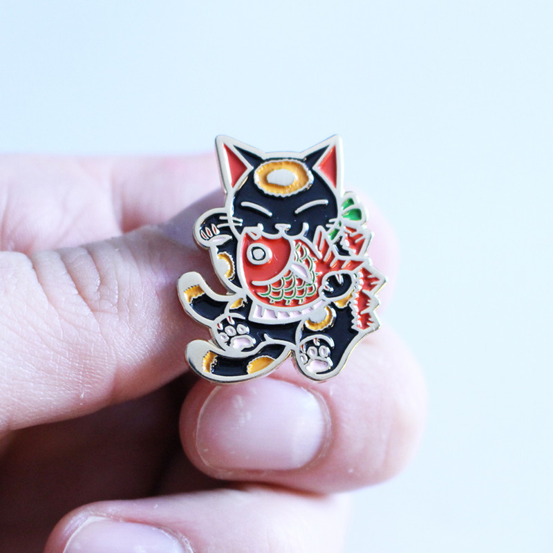 Negora and Koi Pin : Black and Red