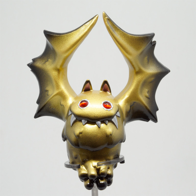 Bat Liquid : Gold