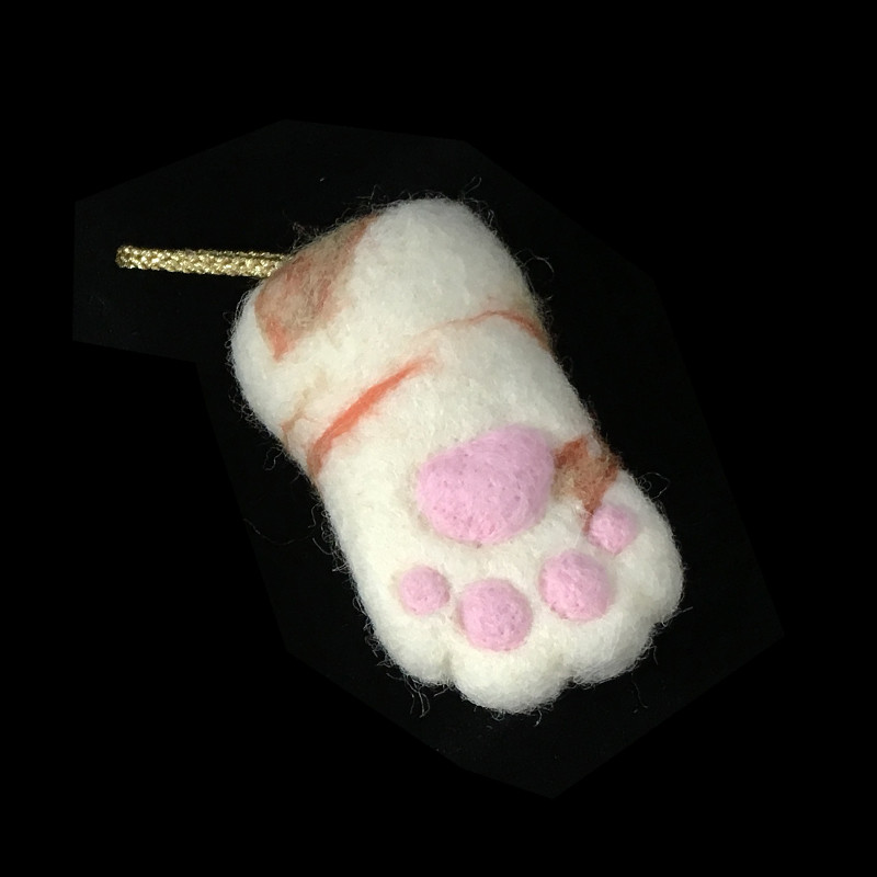Lucky Cat Paws 3 by plushPLAY