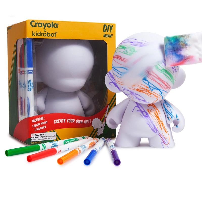 Crayola 7 inch D.I.Y. : Munny