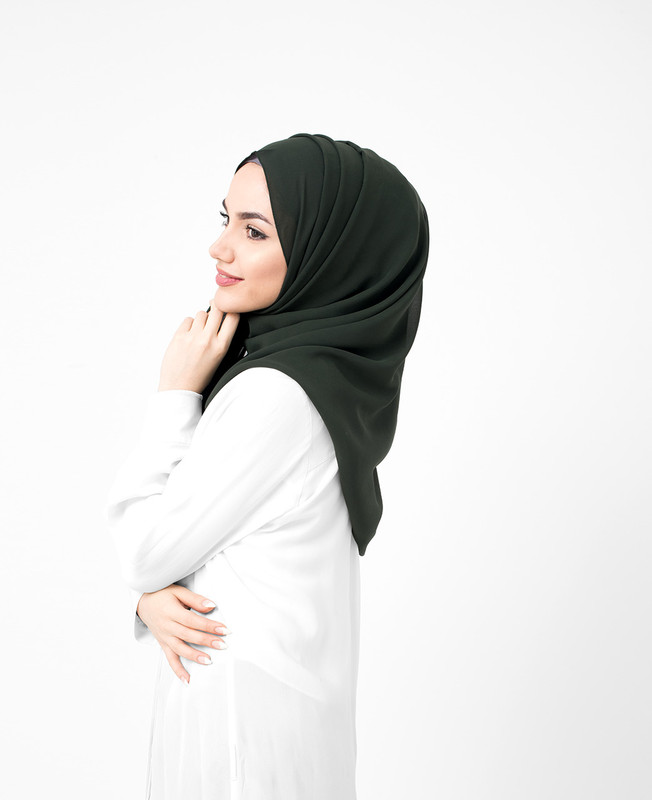 Deep Forest Green Pinless Poly Georgette Hijab