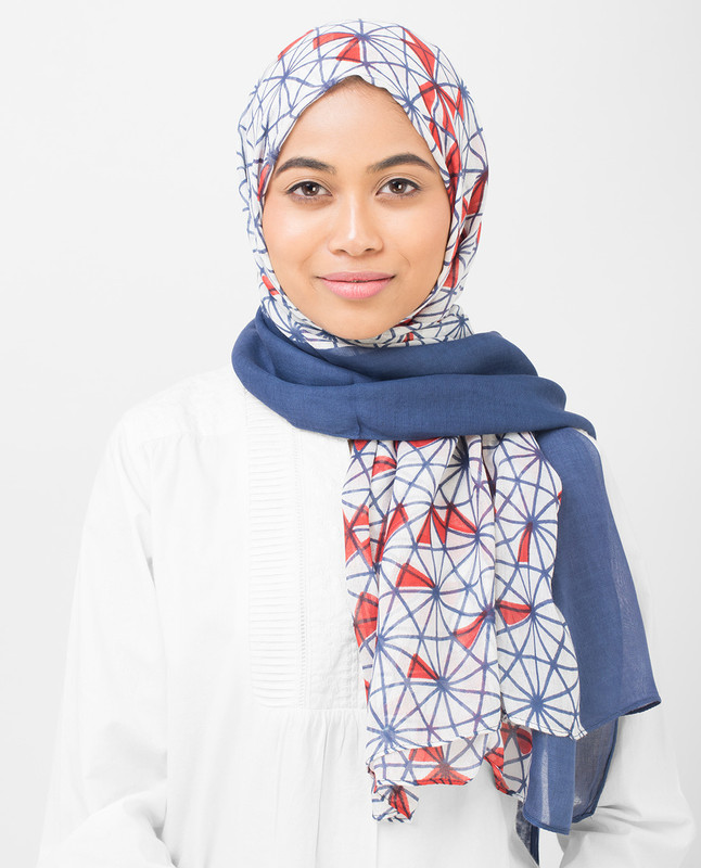 Geo Delight Viscose Hijab