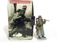 King & Country World War II German Soldier With Gun Standing Winter Coat