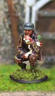Collectors Battlefield CBG014 SS Panzergrenadier Medic