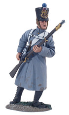 W Britain 36093 French Line Infantry Fusilier in Greatcoat Reaching for Cartridge No.1