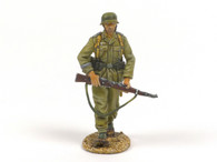 First Legion DAK006 Das Deutsche Afrika Korps Infantry Walking with Rifle