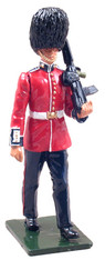WBritain Soldier 54mm Redcoats 44037 Guardsman Grenadier Guards With SA-80