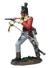 W Britain 36163 Napoleonic British 44th Foot Light Company Officer Firing Pistol 1/30