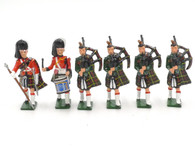 WBritain Hollow Cast Collection #41001 Cameron Highlanders Band Set 1
