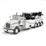 First Gear 50-3344 Peterbilt Model 367 With Century Rotator Wrecker 1:50 Scale