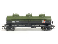Bachmann 17146 HO British American Oil 40' Three Dome Tanker