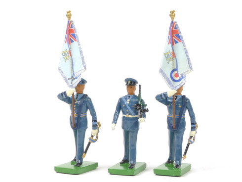 William Britain 3071 Queens Colour Squadron of the Royal Air Force Colour Sergeant & Standard Bearers