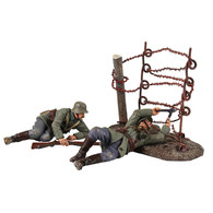 WBritain Toy Set Soldiers Going Through the Wire 23100 German Wire Cutting Party