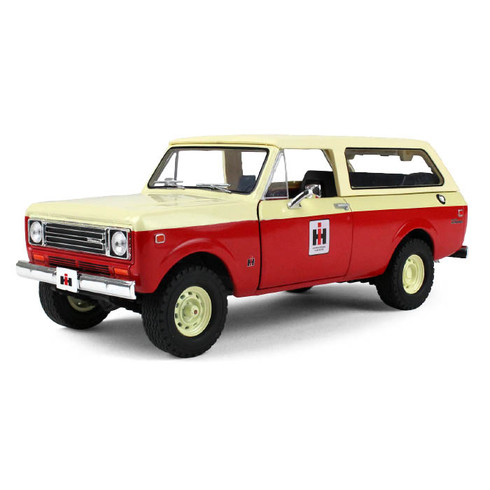 First Gear 40-0374 IH International Harvester 1979 International Scout Traveler Die-cast Model