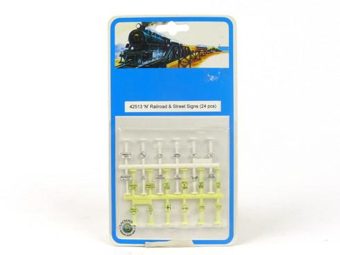 Bachmann Trains 42513 Railroad & Street Signs N Scale Accessories