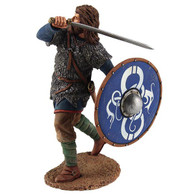 W Britain Soldier 62102 Viking Wearing Chain Mail Shirt, Attacking With Sword