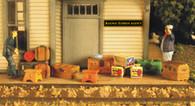 Monroe Models HO Scale Vintage Luggage Set