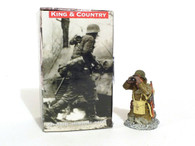 King & Country  World War II American Soldier Kneeling With Binoculars Soldier Toys BBA042