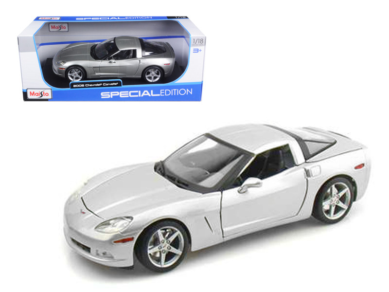 2005 Chevrolet Corvette C6 Coupe Silver 1/18 Diecast Model Car by Maisto