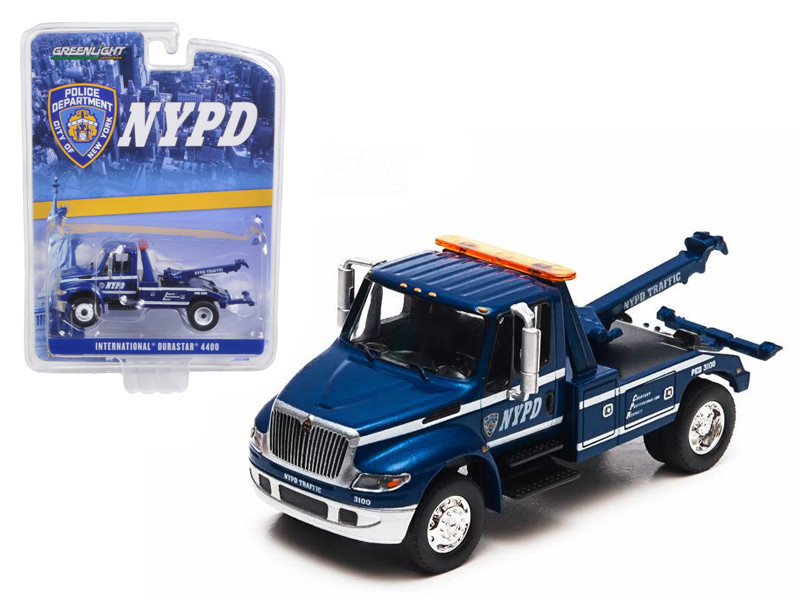 2013 International Durastar 4400 NYPD Tow Truck 1/64 Diecast Model Greenlight 29767